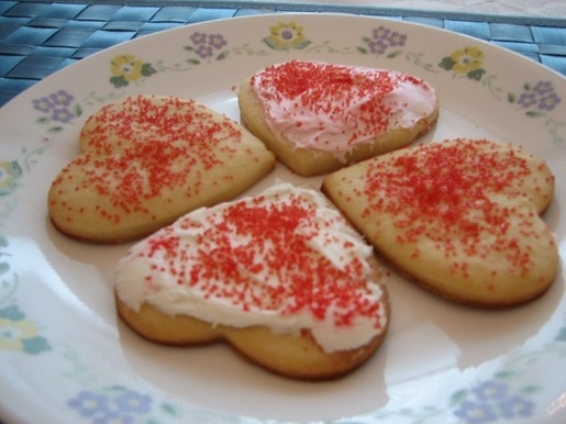 valentine's day cookies 002.JPG