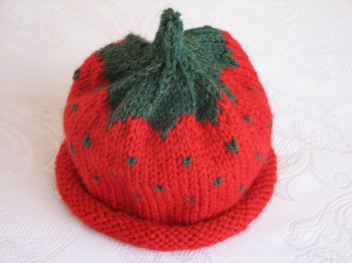 strawberry hat 01.JPG